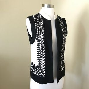 Vintage 70s Vest Cream Black Embroidery Trim